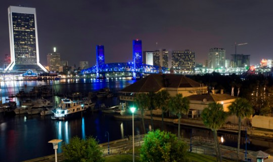 night photo of downtown jacksonville